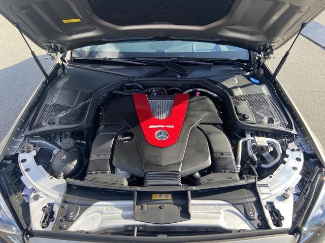 メルセデス・ベンツAMG C43 4マチック4WD